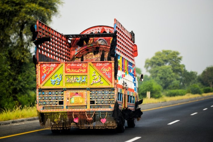 jingle-truck-art-pakistan-12