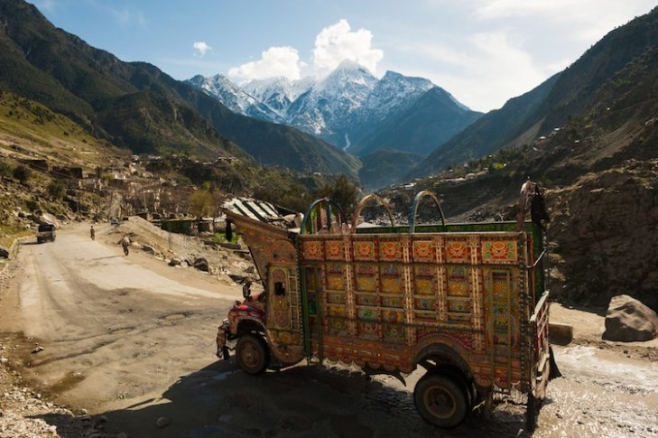 jingle-truck-art-pakistan-3