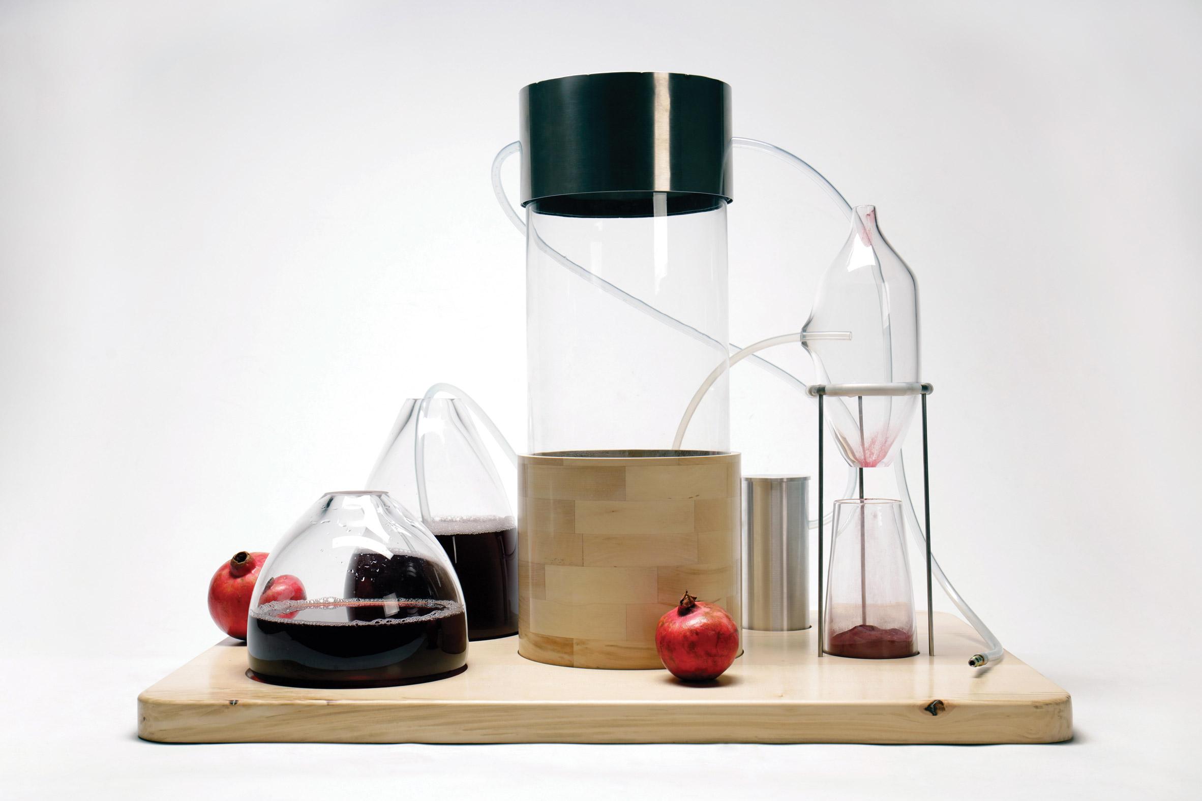 kaiku-nicole-stjernsward-imperial-college-graduate-project-2019-food-waste-vegeatable-skin-pigment_dezeen_2364_col_11.jpg