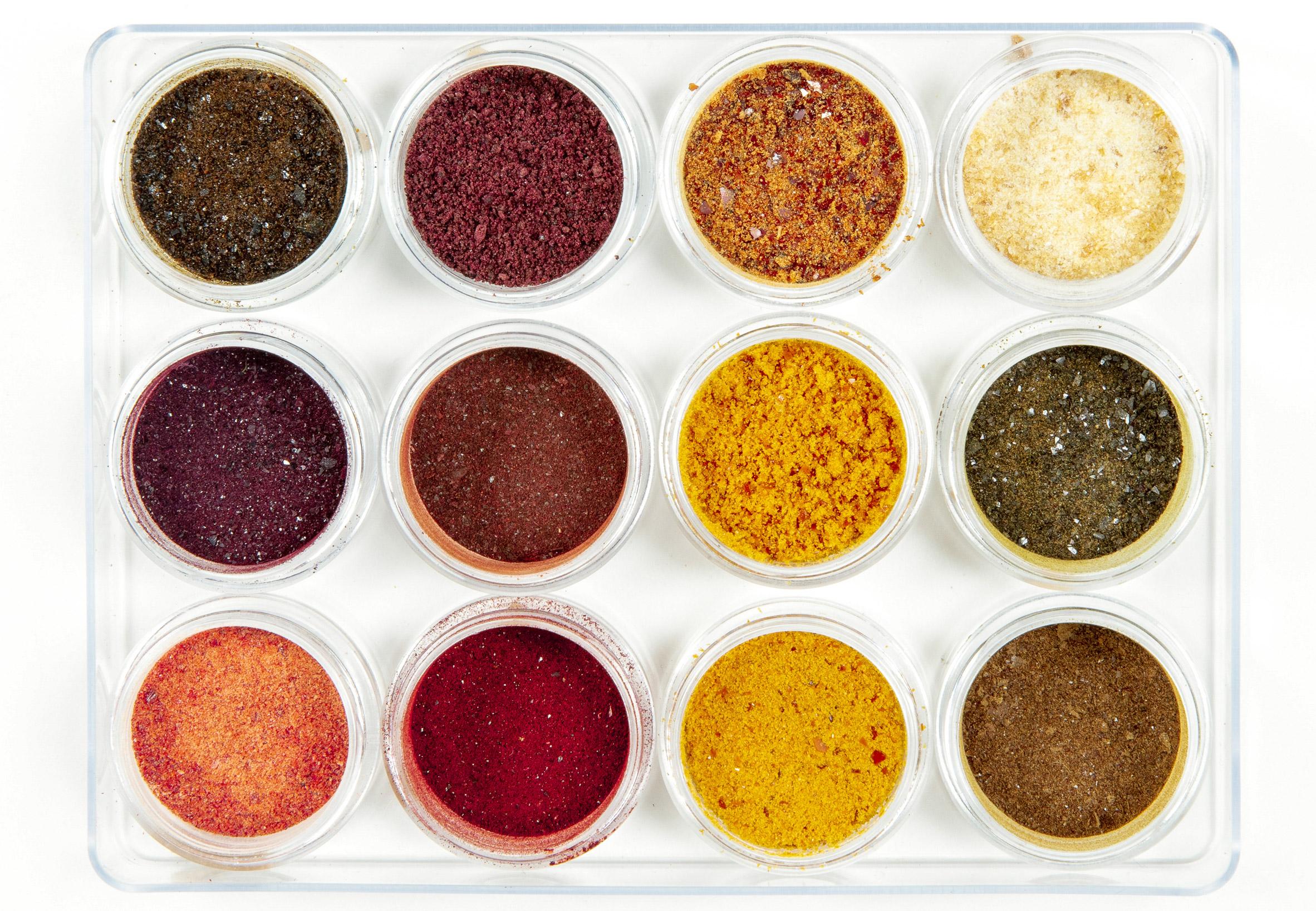 kaiku-nicole-stjernsward-imperial-college-graduate-project-2019-food-waste-vegeatable-skin-pigment_dezeen_2364_col_14.jpg